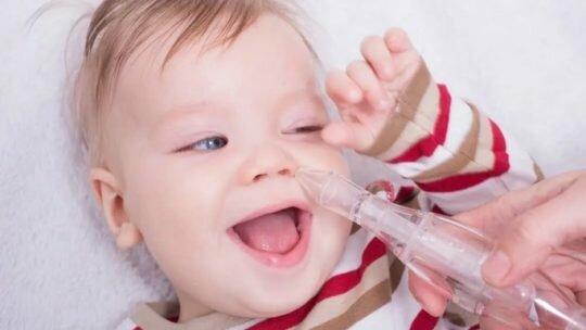 Особенности ухода за носиком новорожденного при насморке